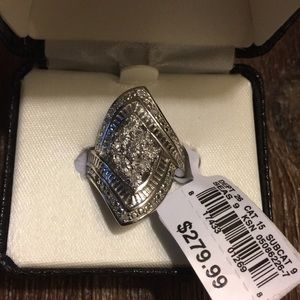 Jewelry - GORGEOUS brand new STERLING SILVER cocktail ring!!